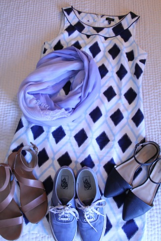 dress can be casual or dressy, depending on the shoes; add a large lightweight scarf as a wrap for the evening
